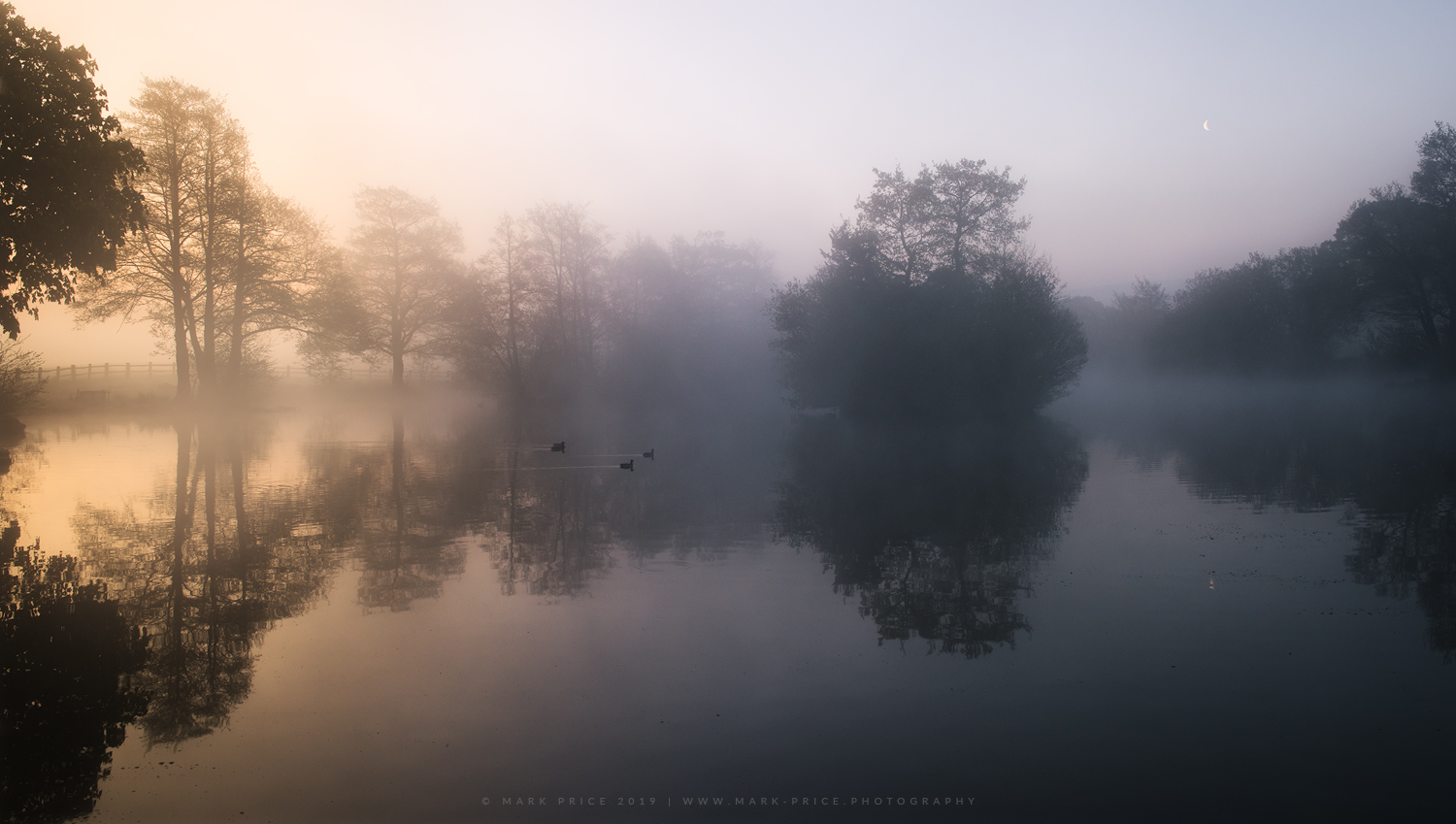Early morning light at a lake in South East England
