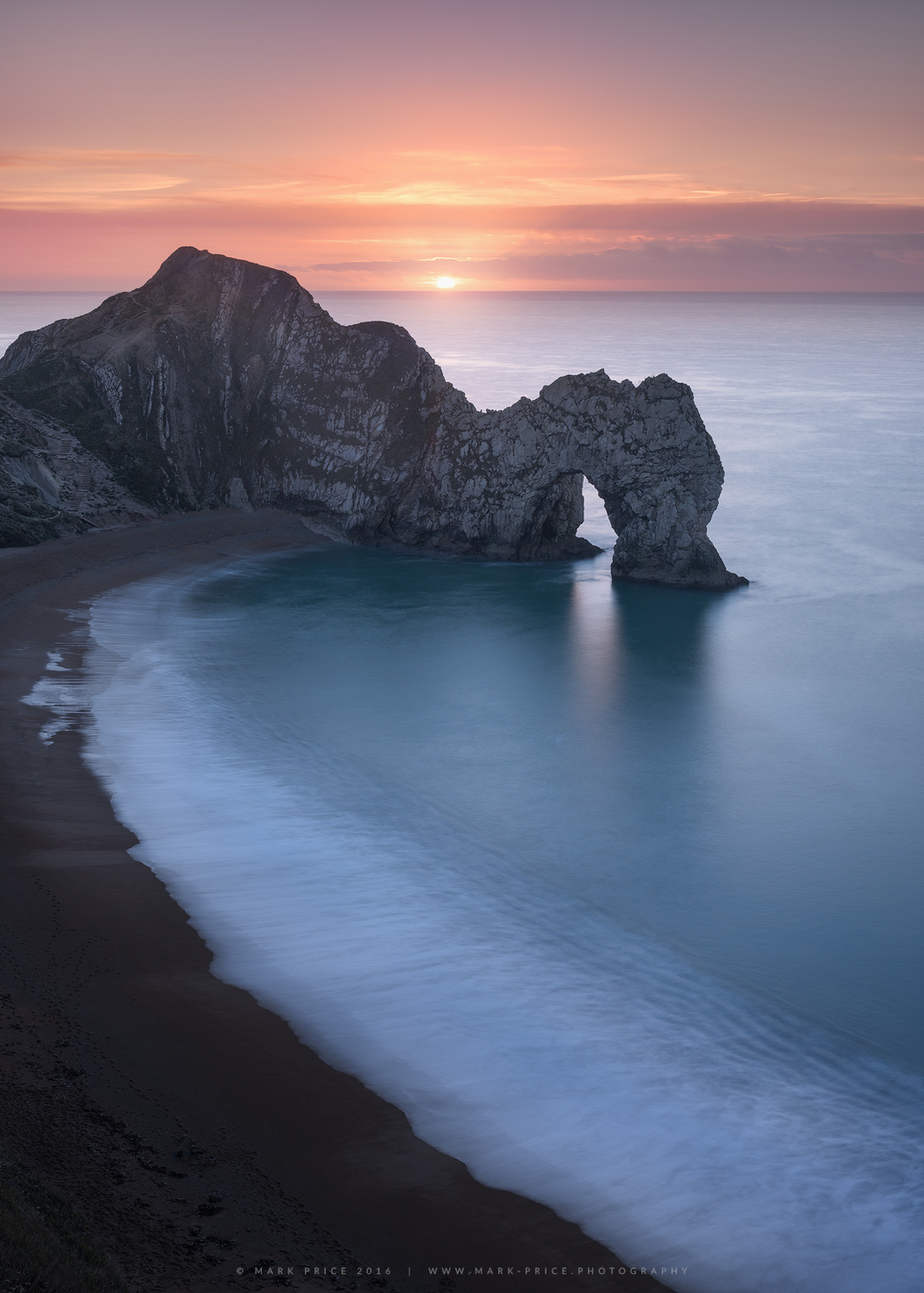 A lovely winter sunrise at the beautiful Durdle Door