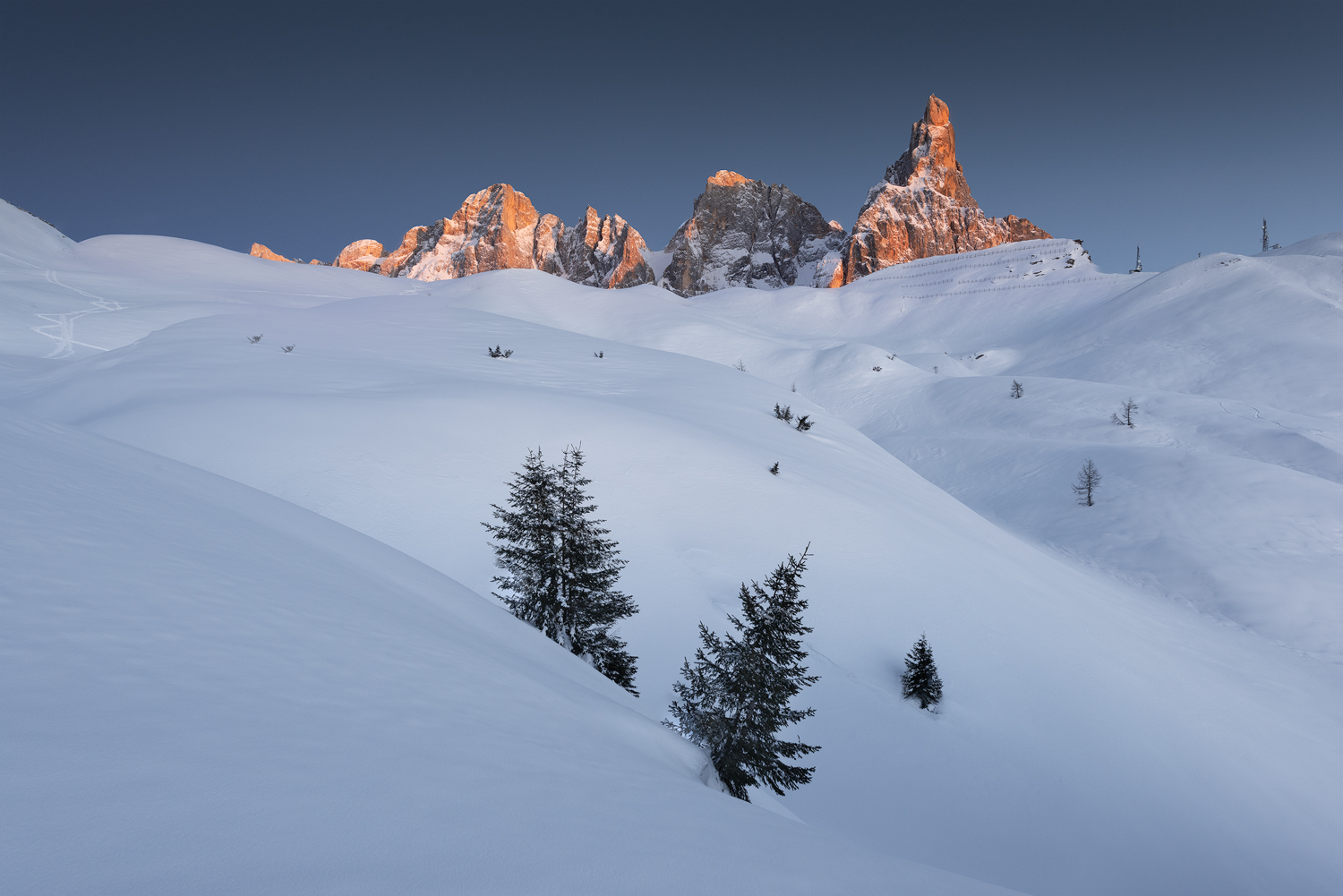 Image of snowy italian landscape by Mark Price, UK Landscape Photographer